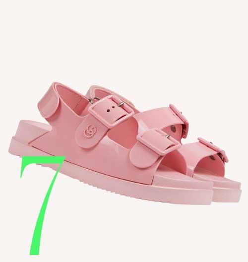 Photo: Gucci rubber sandals